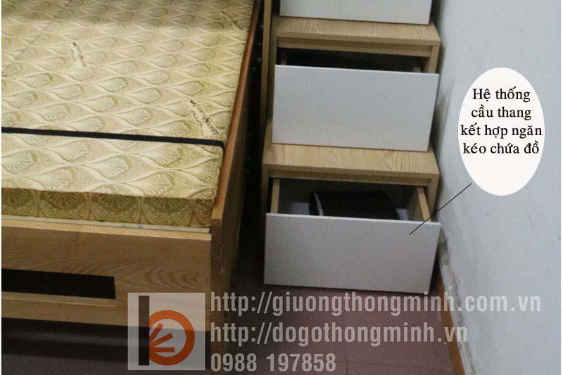 Ngăn kéo tích hợp tại cầu thang giường